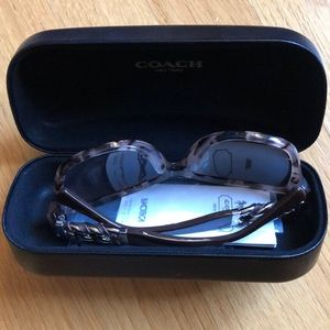 COACH Sunglasses HC8156QF